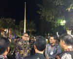 foto: Nurdin Abdullah bersama Iqbal Suhaeb di rujab Gubernur
